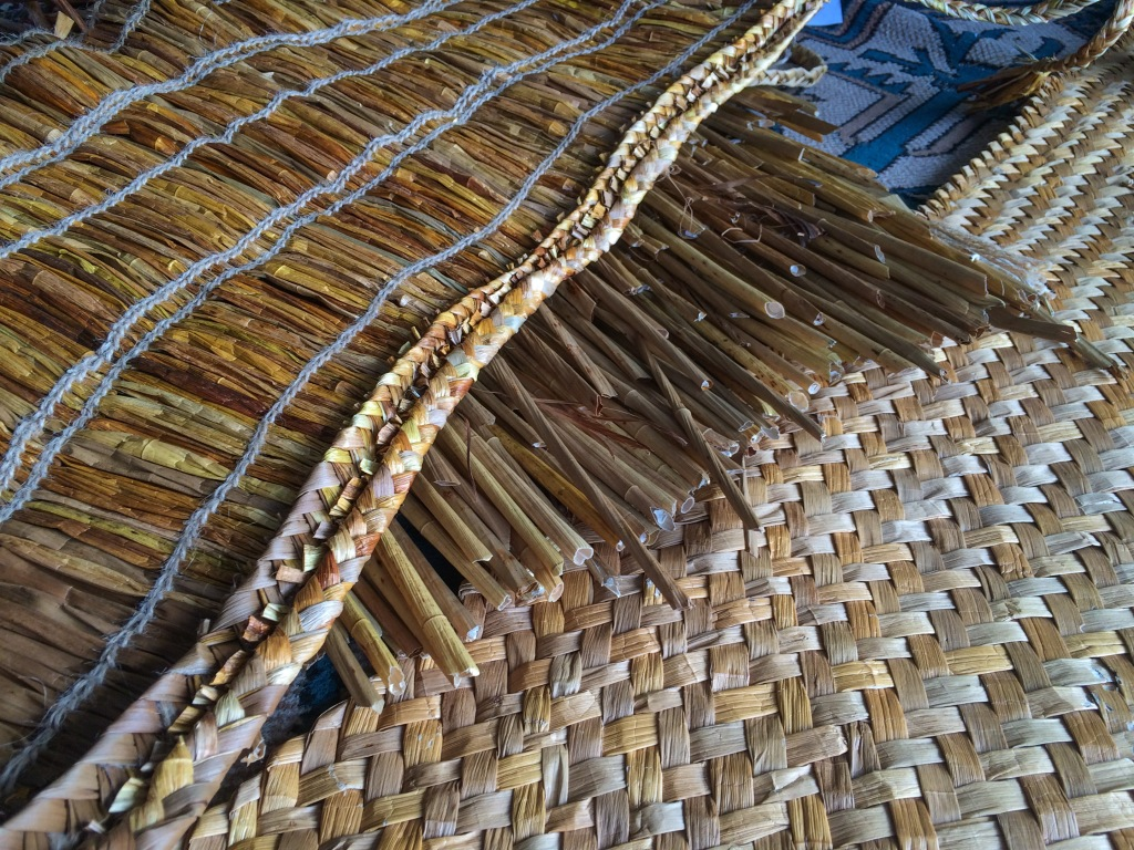 the-natural-golden-color-of-capes-and-mats-woven-from-kuto